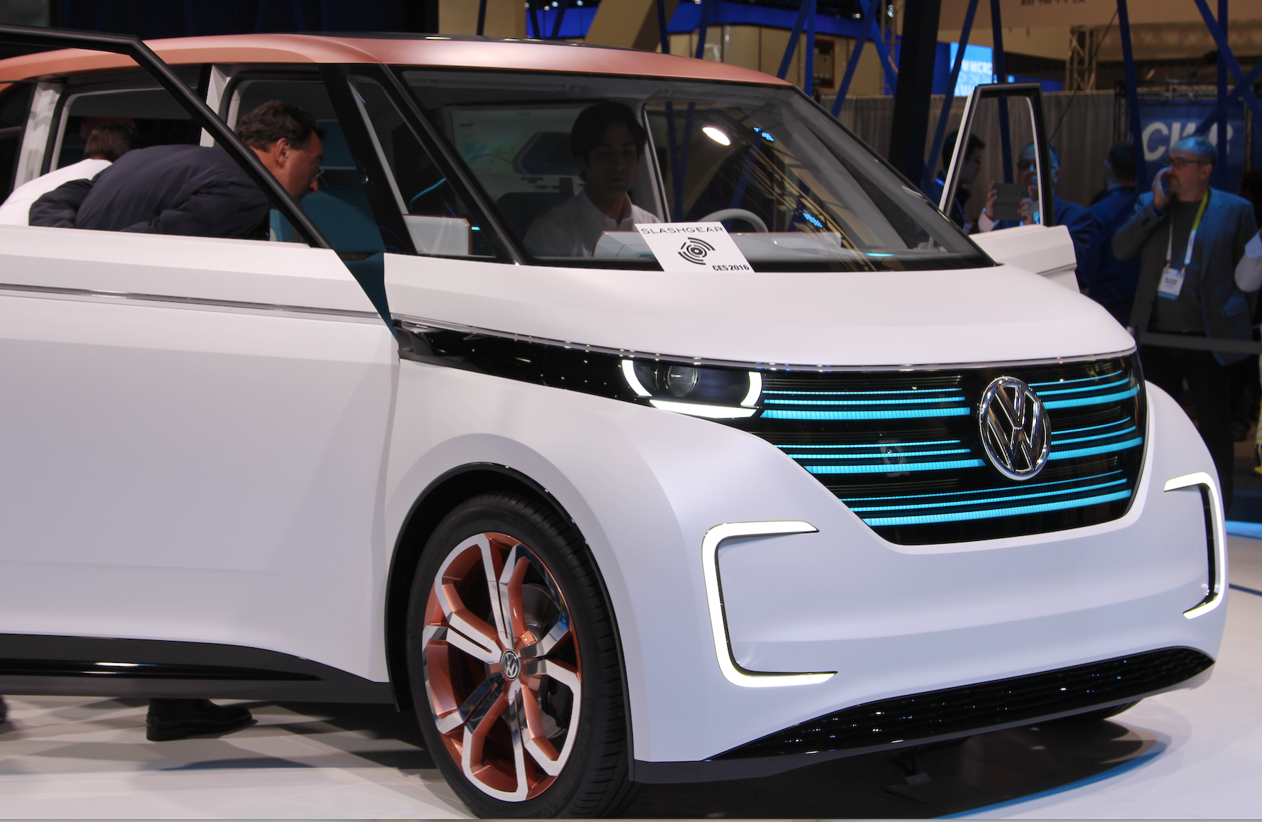 VW-driverless-car